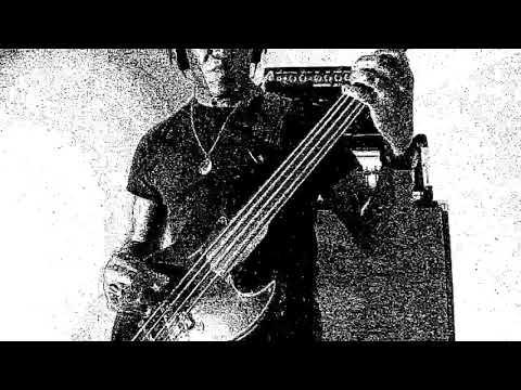 """E-Z-O """"House Of 1,000 Pleasures"""" (bass cover)"""