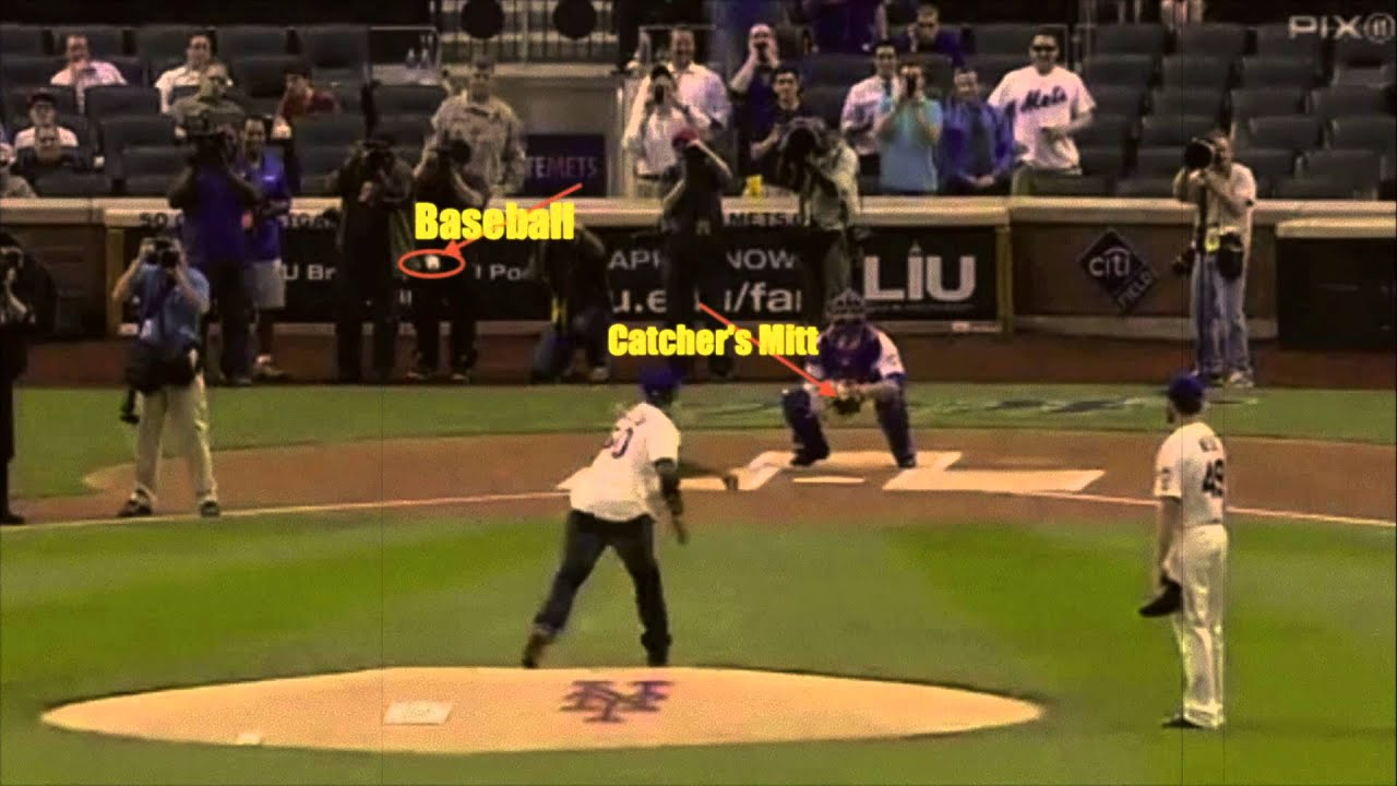 Download 50 cents throwing a baseball and makes a mockery