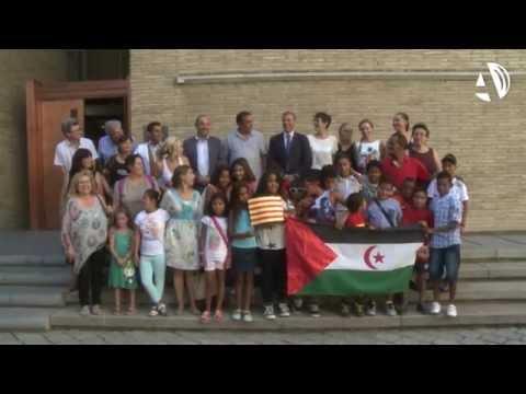 Los niños saharauis visitan la Aljafería antes de regresar a casa