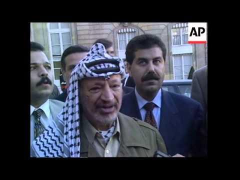 FRANCE: PARIS: PALESTINIAN LEADER ARAFAT MEETS JACQUES CHIRAC