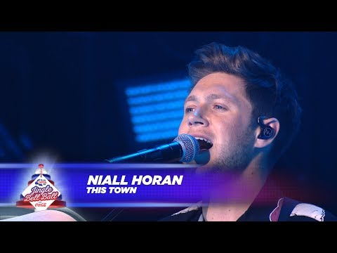 Niall Horan - 'This Town' - (Live At...