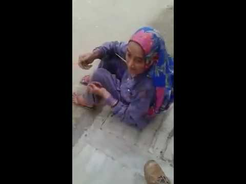Back to back gaali by an old Haryanvi woman