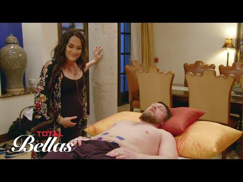 Daniel Bryan experiences a labor pain simulator: Total Bellas, Sept. 13, 2017