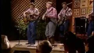Grandpa Jones - Eight More Miles to Louisville