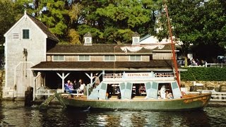 Mike Fink Keel Boats Highlights 1991 Footage w/ Burning Settlers Cabin - Walt Disney World