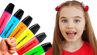 Poli pretends to play with her Magic Pen Preschool toddler learn color