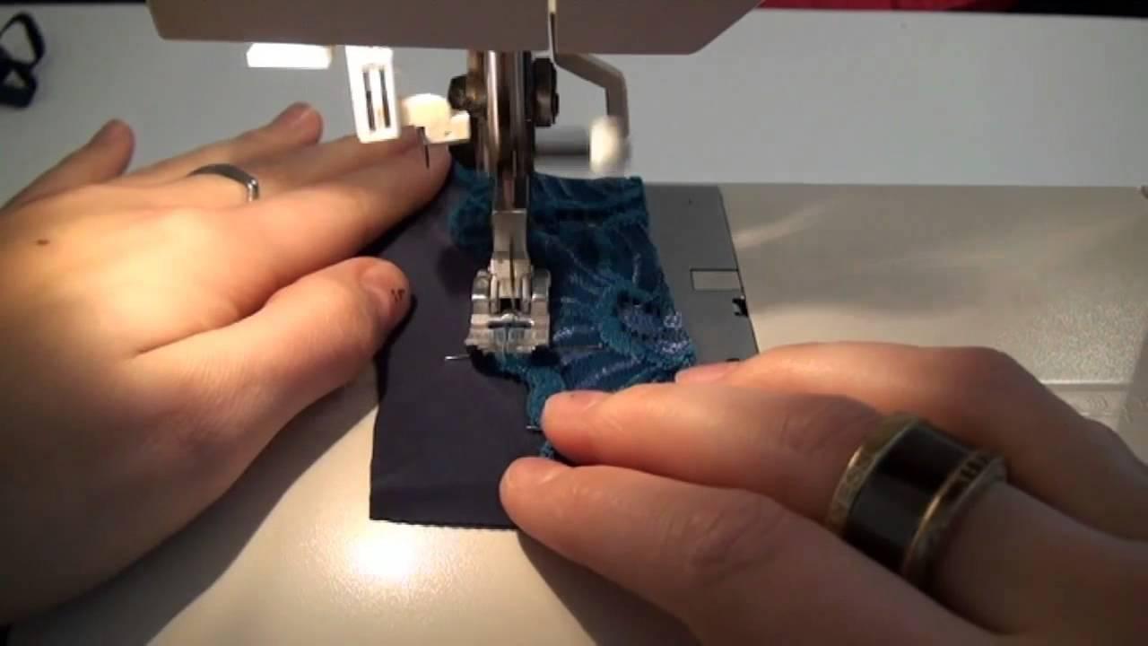 Comment coudre de la dentelle sur du lycra youtube - Coudre une fermeture eclair sur une robe ...