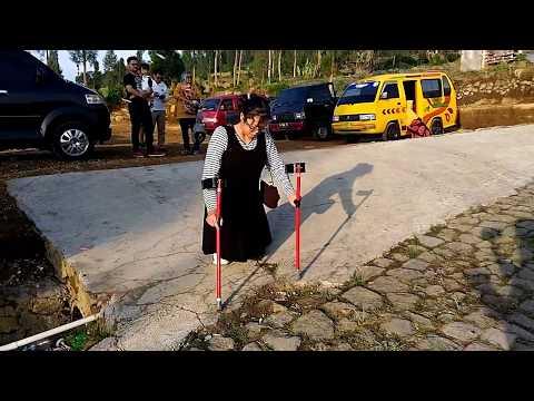 IVLOG 10 || Amputee Girl Walking