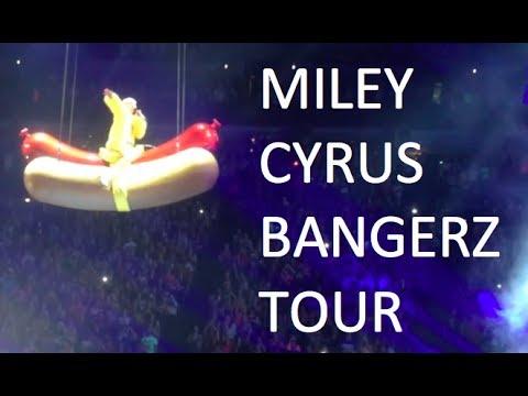 MILEY CYRUS BANGERZ TOUR: OMAHA, NE