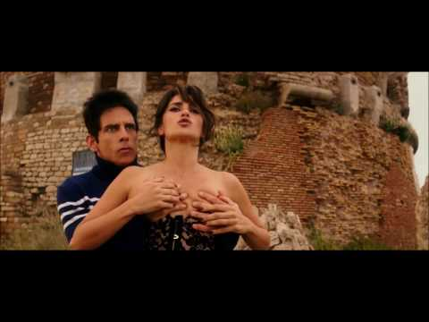 PENELOPE CRUZ  HOT CLIP IN ZOOLANDER 2 (2016)