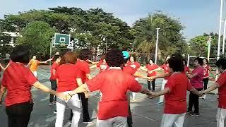 Senam sehat oleh Mama Hao Pang di Lapangan Basket TPL Blok A RW 16 Cengkareng Barat 03