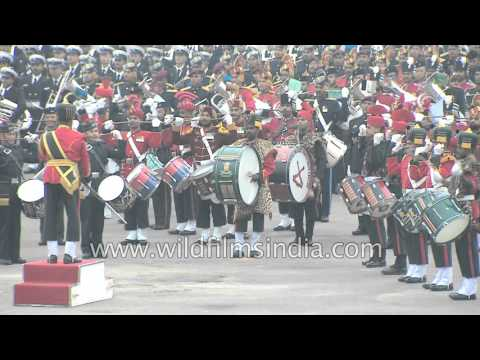 Drum roll by Military massed bands of India: proud moment for every Indian!