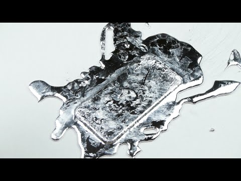 What Happens If You Pour Gallium on an iPhone 6?