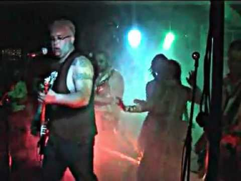 Voodoo Hit Squad.  A Forest.  Bar Red, King's Lynn. 04/08/12.