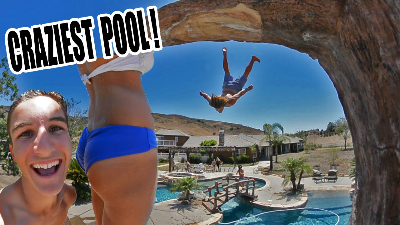 Download INSANE MANSION POOL PARTY!