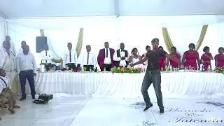 This guy can dance tjoo🔥
