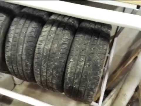 Настенная стойка для колес из квадратного профиля 20*20*1,5 под колеса