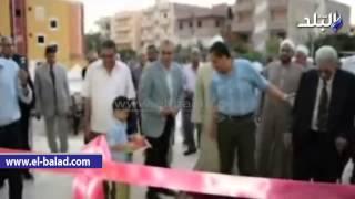 بالفيديو والصور.. محافظ المنيا يفتتح مسجد 'السيدة زينب' بتكلفة مليونى جنيه