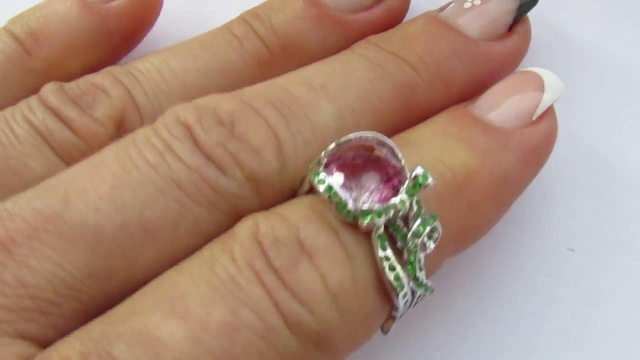22 янв 2012. На днях нашла в интернет-магазине украшений кольца с мистик-топазом. Выглядят они, действительно, мистически. :-) понравились очень. Изучаем, что же это за камень такой мистик топаз натуральный, или как оно часто бывает термин, вводящий в заблуждение?. Итак.