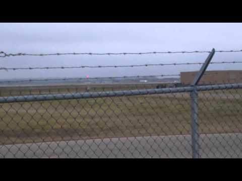 Plane spotting at Minneapolis-Saint Paul International Airport 12/07/15