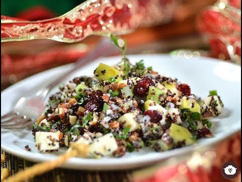 Christmas Quinoa with hazelnuts, apple and cranberries