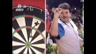 Eric Bristow HILARIOUS Gamesmanship on Phil Taylor - 1991 BDO Darts Invitational