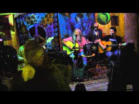 Moon House,13-04-24,V01,UpNorth Pub, Madison, WI