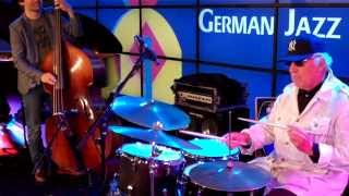 Lee Konitz Keepin Time