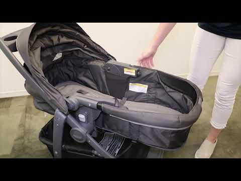 Graco® How To Convert the Modes™ Bassinet Toddler Seat to Bassinet Mode