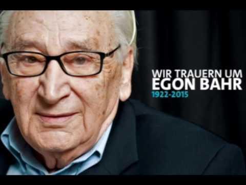 """Bilderberg exposed in Dresden 2. Klaus Kopf: """"Bilderberg decide on peace & war"""" + Vatican origins"""