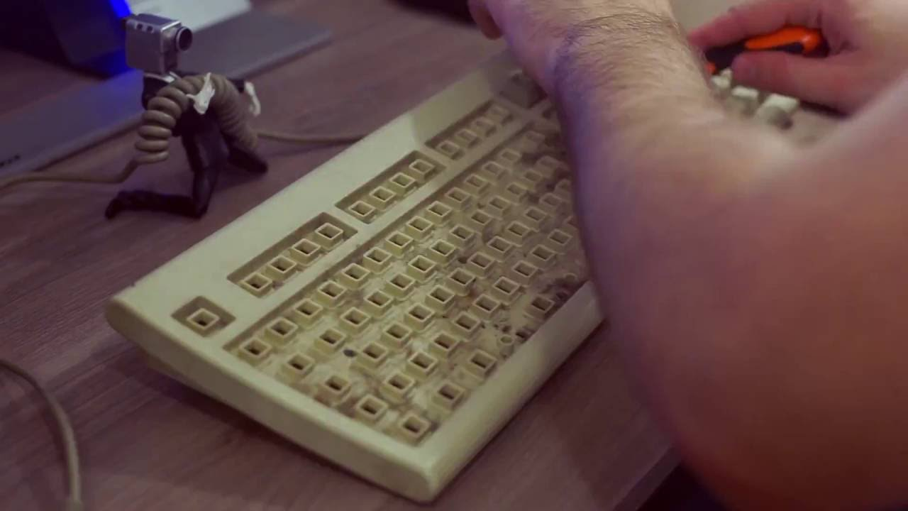 Разборка и чистка клавиатуры Unikey