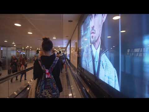 Turkey, Istanbul Atatürk Airport, walking around, 2X escalator, 4X moving sidewalk