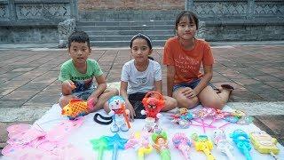 Trò Chơi Bán Hàng - Hồng Anh Mua Đồ Chơi Trung Thu Cho Bé Minh MN Toys