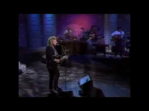 Keith Whitley - When You Say Nothing At All (Live 1988)