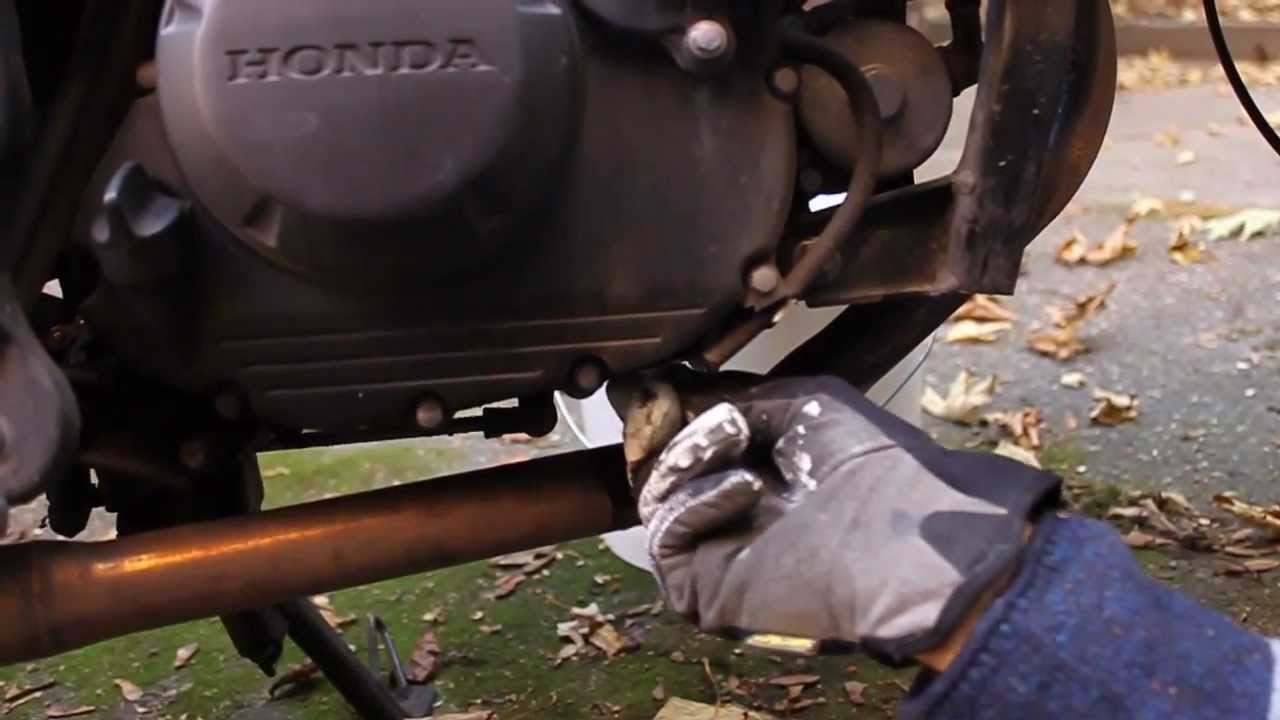 Cbr 125r How To Oil Change Youtube