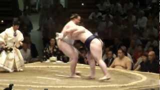 20110520 大相撲ガチンコ場所13日目 把瑠都VS栃ノ心 把瑠都3敗に後退.