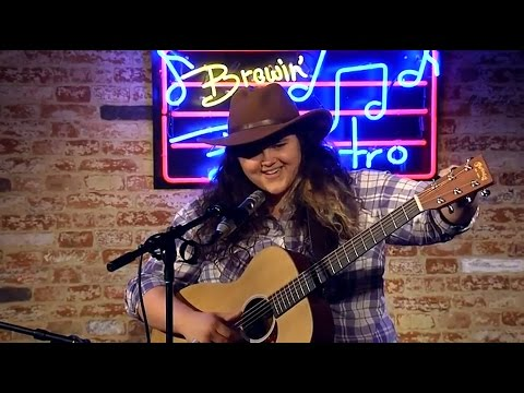 Brewin' Bistro #36 - Michelle Moonshine / Elizabeth Hareza