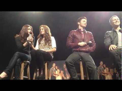 THE TWILIGHT SAGA: BREAKING DAWN Part 1 Dallas performance tour Q&A - front row