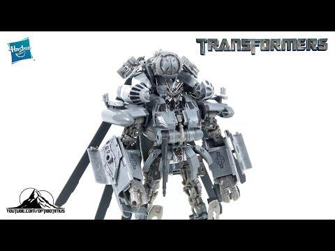 Optibotimus Reviews: Transformers Studio Series Leader Class BLACKOUT