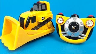 CAT E Z Machines Bulldozer Mighty Machines in action kids construction toy trucks playdoh play