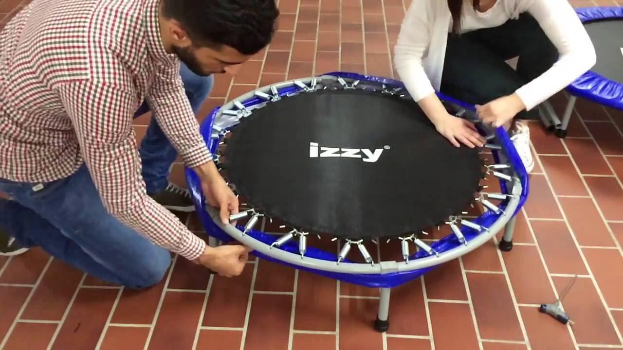 video aufbauanleitung f r das fitness trampolin mit haltstange von izzy sport youtube. Black Bedroom Furniture Sets. Home Design Ideas