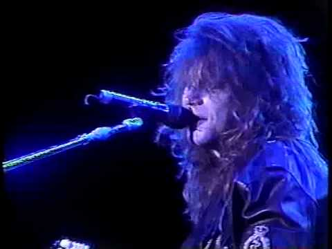 Bon Jovi - Never Say Goodbye (acoustic / Santiago 1990)