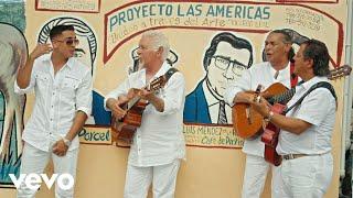 Gipsy Kings & Chico - La Guapa (Clip Officiel) ft. Rio Santana