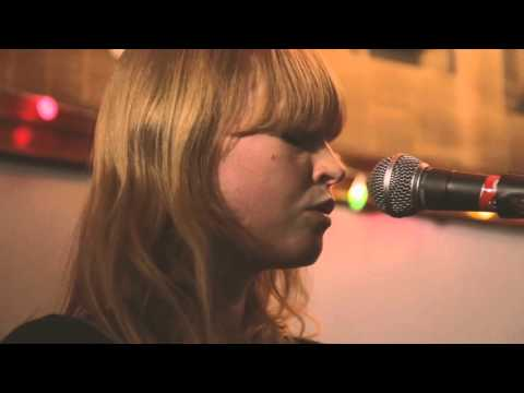 Lucy Rose - Live at Brecha Bar Montevideo