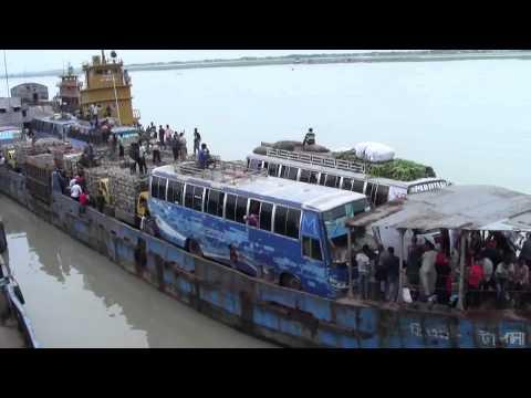 Footage 1 Madaripur 01 09 14 Mawa Kawrakandi Feri Ghat