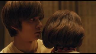 可愛いルックスと天性の歌声を持つ20歳の女の子・大鳥節子(多部未華子)...