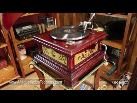 Antique Spanish His Master's Voice Model 5. In Working Order. Spain, 1910
