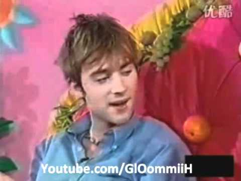Damon Albarn Interview on the bed 1994