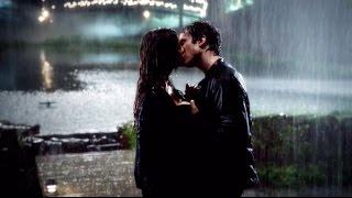 Damon & Elena - Rain Kiss Moment 6x07 VOSTFR
