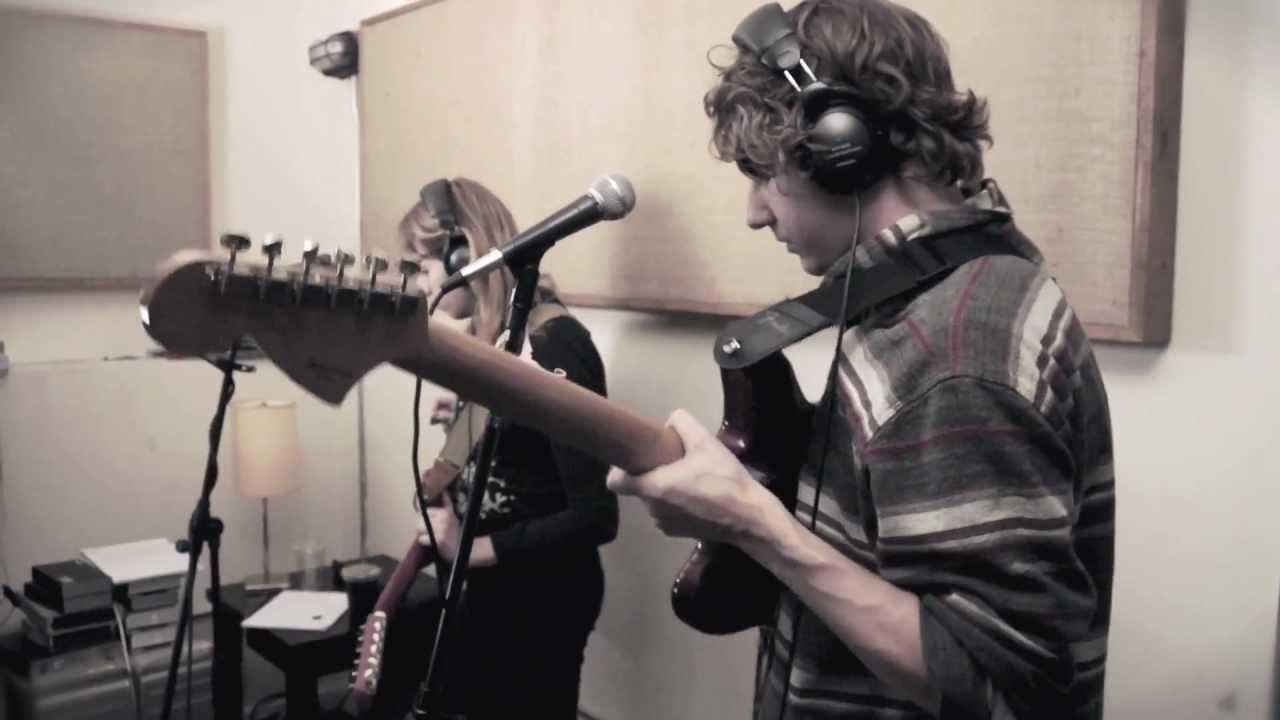 the-babies-get-lost-slow-walkin-moonlight-mile-newtown-radio-swan7-studio-newtown-radio